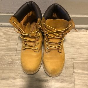 6 inch wheat Timberland boots